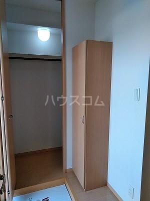 フォンターナ伏石 A棟 105号室の玄関