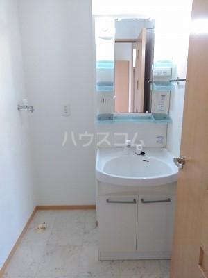 フォンターナ伏石 A棟 105号室の洗面所