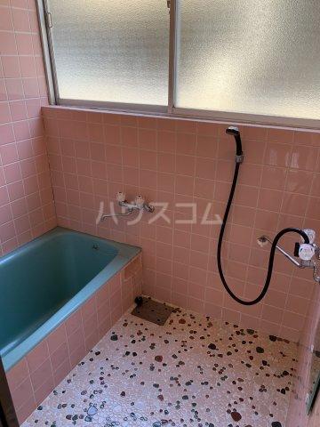 日下ビル 101号室の風呂