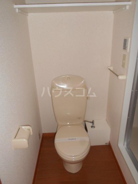 レオパレスグランシャリオⅡ 101号室のトイレ