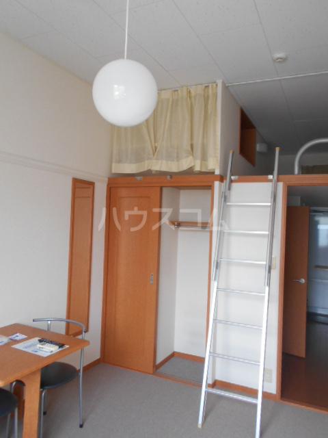 レオパレスグランシャリオⅡ 101号室の居室