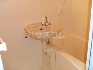 レオパレススアーブ 105号室の洗面所