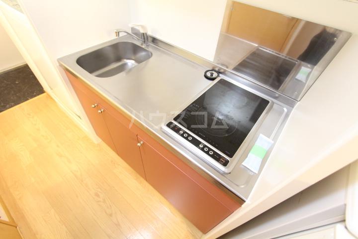 レオパレスグランズ浄水 106号室のキッチン