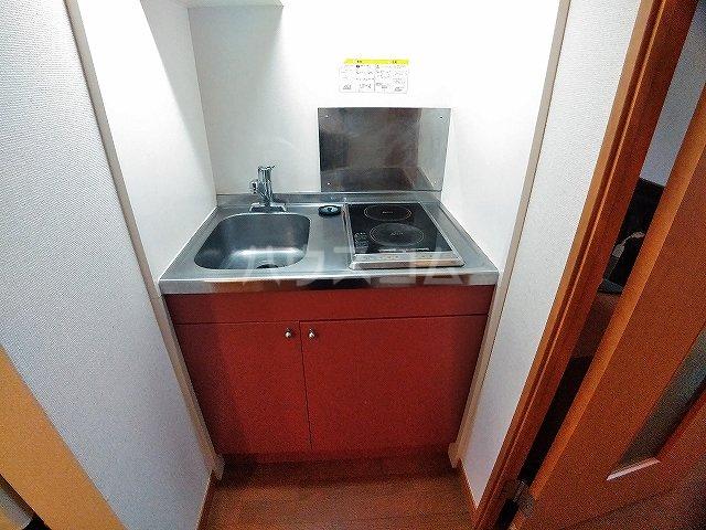 レオパレスエパティーク 106号室のキッチン