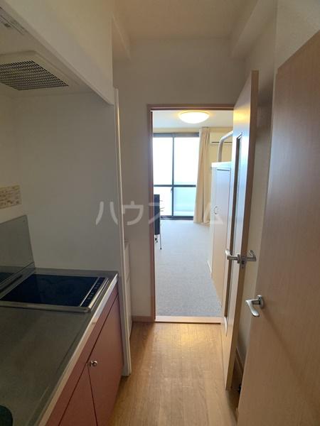 レオパレスバローネⅡ 309号室のキッチン