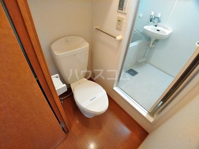 レオパレスピソⅡ 206号室のトイレ