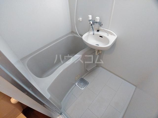 レオパレスピソⅡ 206号室の風呂
