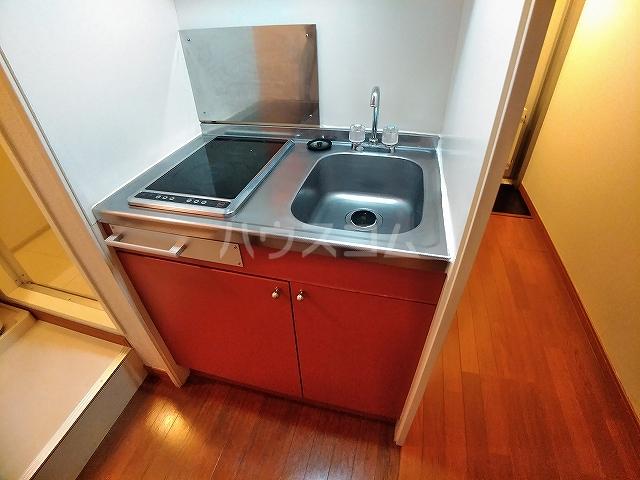 レオパレスA 105号室のキッチン