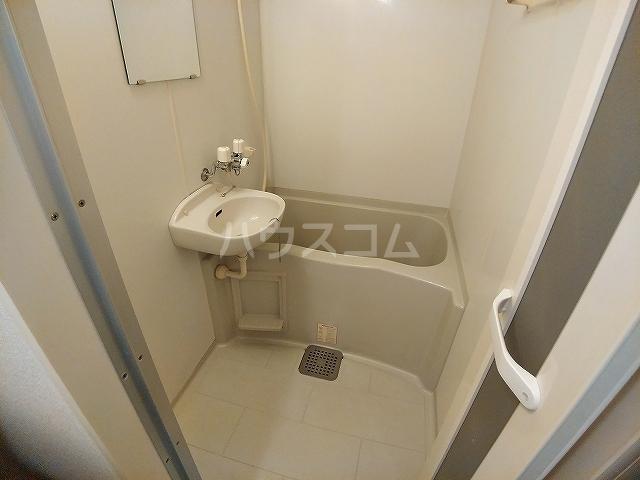 レオパレスA 105号室の風呂
