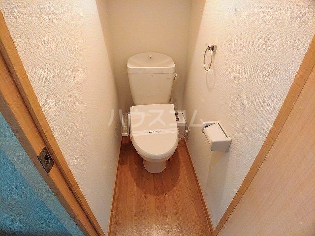 レオパレス大和 302号室のトイレ