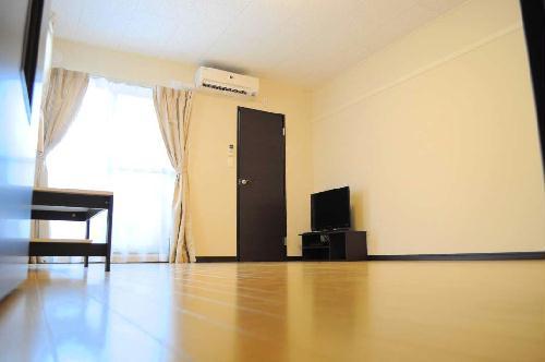 レオネクストエスベランサ 209号室のベッドルーム