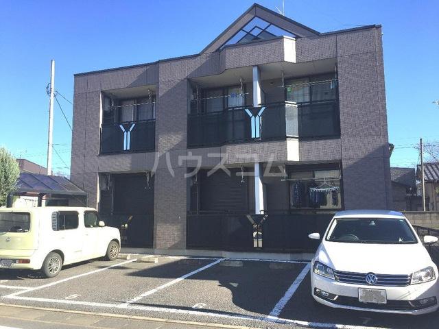 ベル・グラース 00103号室の駐車場