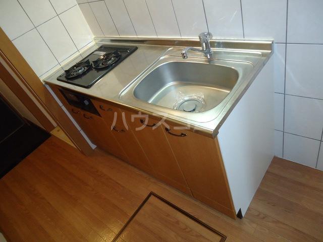 ベル・グラース 00103号室のキッチン