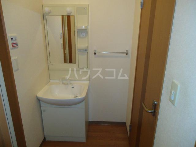 ベル・グラース 00103号室の洗面所