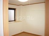 コンフォールK 101号室のリビング