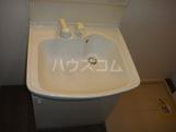 コンフォールK 101号室の洗面所