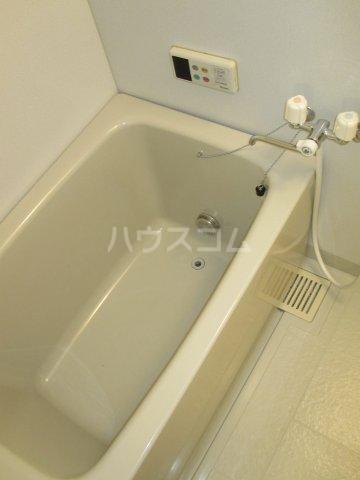 シャーロックホームZU 105号室の風呂