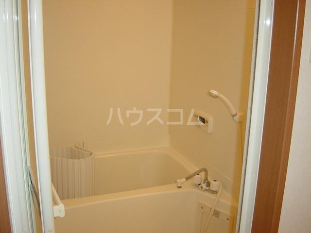 アメニティB 105号室の風呂