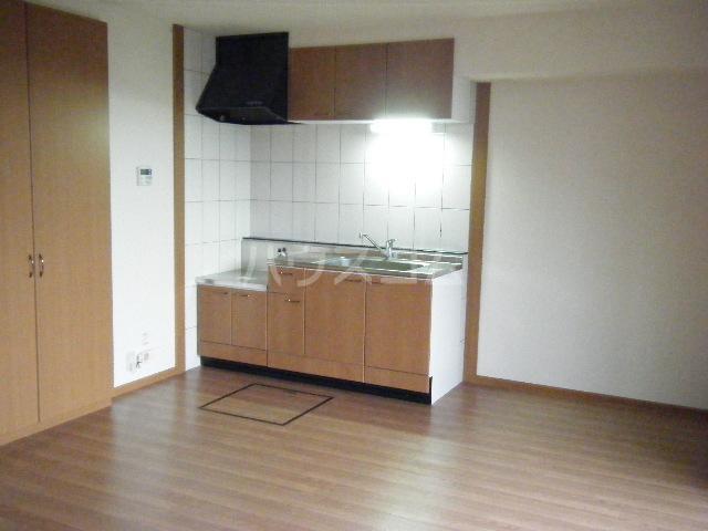 ピュア ステージ 103号室のキッチン