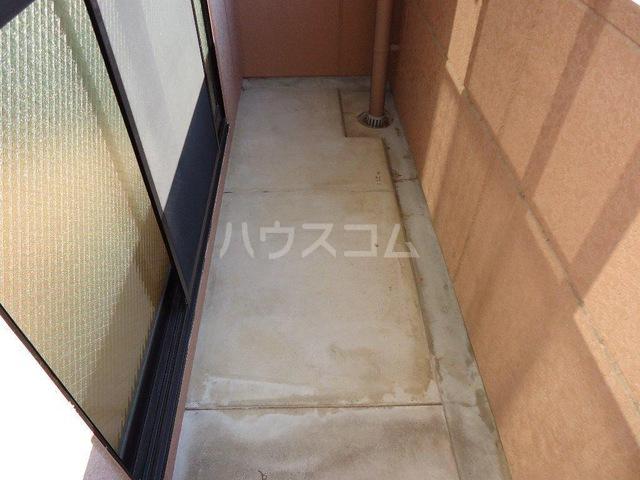 ガーデンヒル 106号室のバルコニー