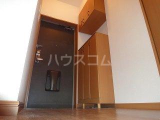 ルミナス・ウッド 00206号室の玄関