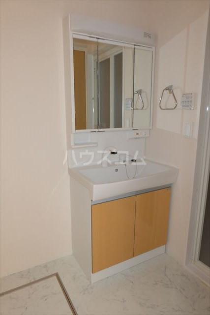 オハナ マハロ 202号室の洗面所