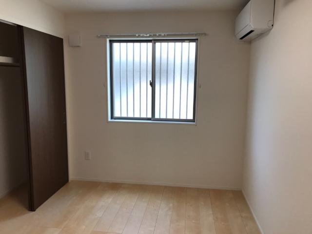 グレイス・ワン 102号室のベッドルーム