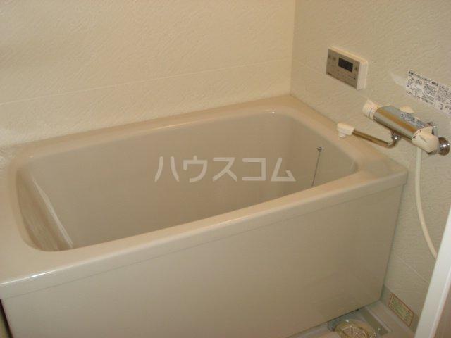 サンライズK 102号室の風呂