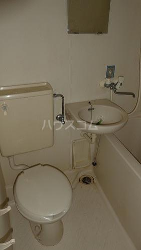 ライオンズマンション関内第5 505号室の洗面所