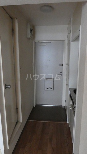 ライオンズマンション関内第5 505号室の玄関