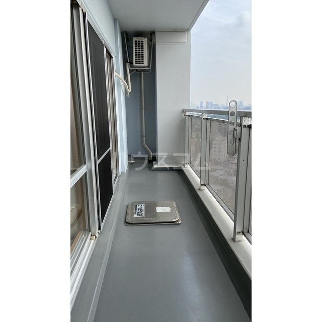文京グリーンコートビュータワー本駒込 B1709号室のバルコニー