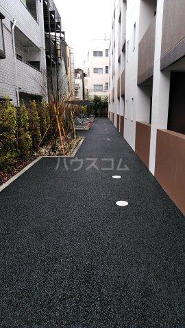 ROYGENT SUGAMO EAST 310号室の駐車場