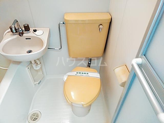 RKB24 0203号室のトイレ