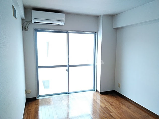 RKB24 0203号室の居室