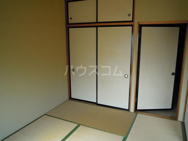 関根ハイツ 202号室のリビング