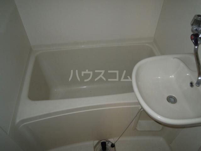 関根ハイツ 202号室の風呂