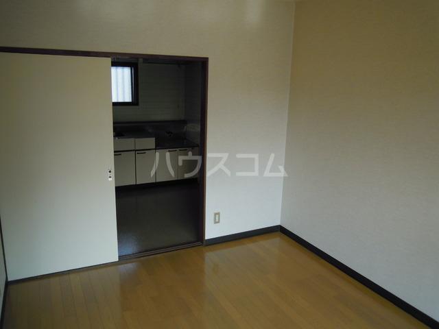 関根ハイツ 202号室の居室