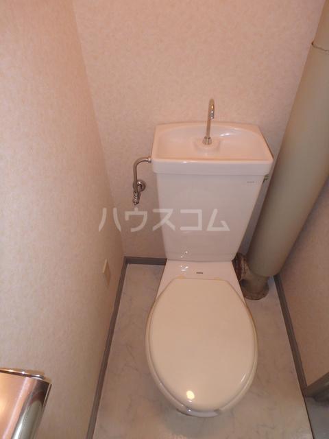 ファーストハイツ 109号室のトイレ