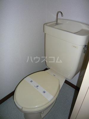 ハイツ寿B 106号室のトイレ