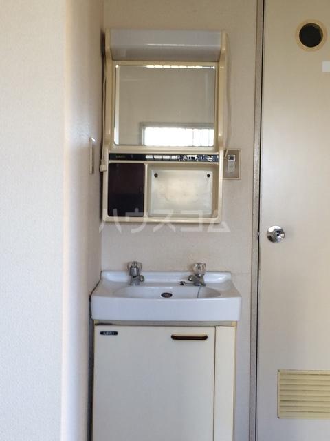 ハイツ寿B 106号室の洗面所
