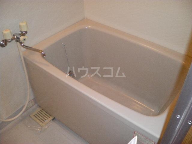 サンプレミール浦和 103号室の風呂