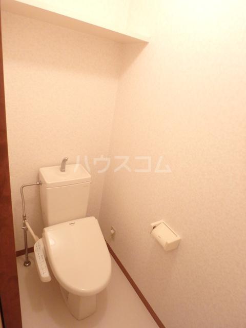 サントリーニマンション 105号室のトイレ