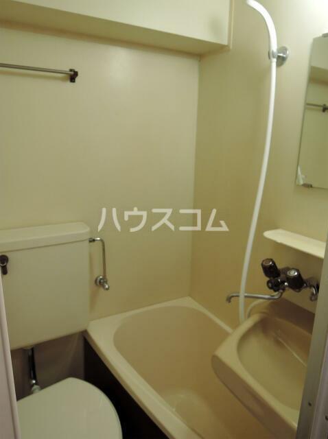 NYコート金沢 0205号室のトイレ