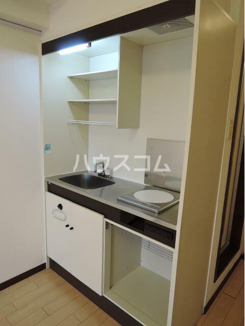 NYコート金沢 0205号室のキッチン