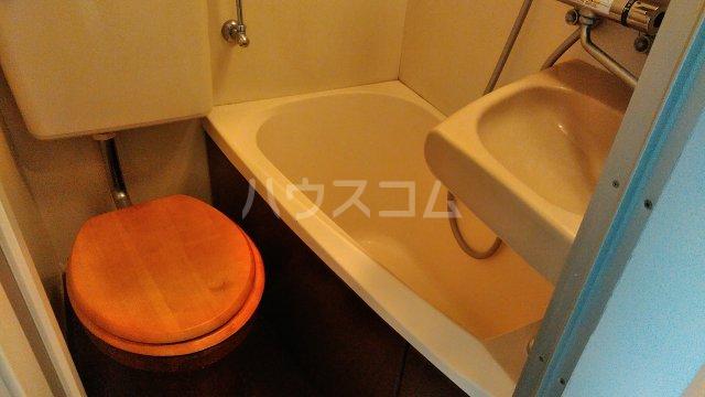 NYコート金沢 0407号室のトイレ