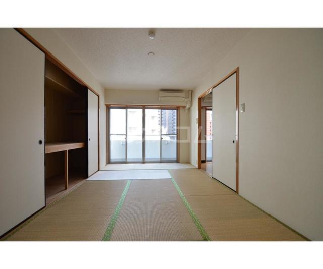 エムティビル 402号室の収納