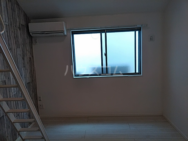 リバーチェ横浜東蒔田 204号室の居室