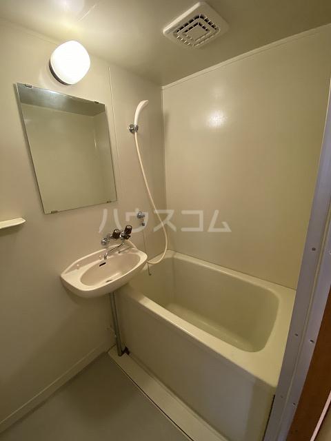ウッディハウス岩瀬 103号室の風呂