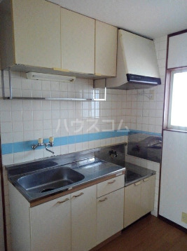 メゾン雅 201号室のキッチン