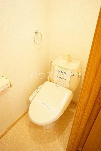 クレストール都 02010号室のトイレ